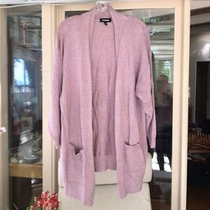 Long pink cardigan with pockets